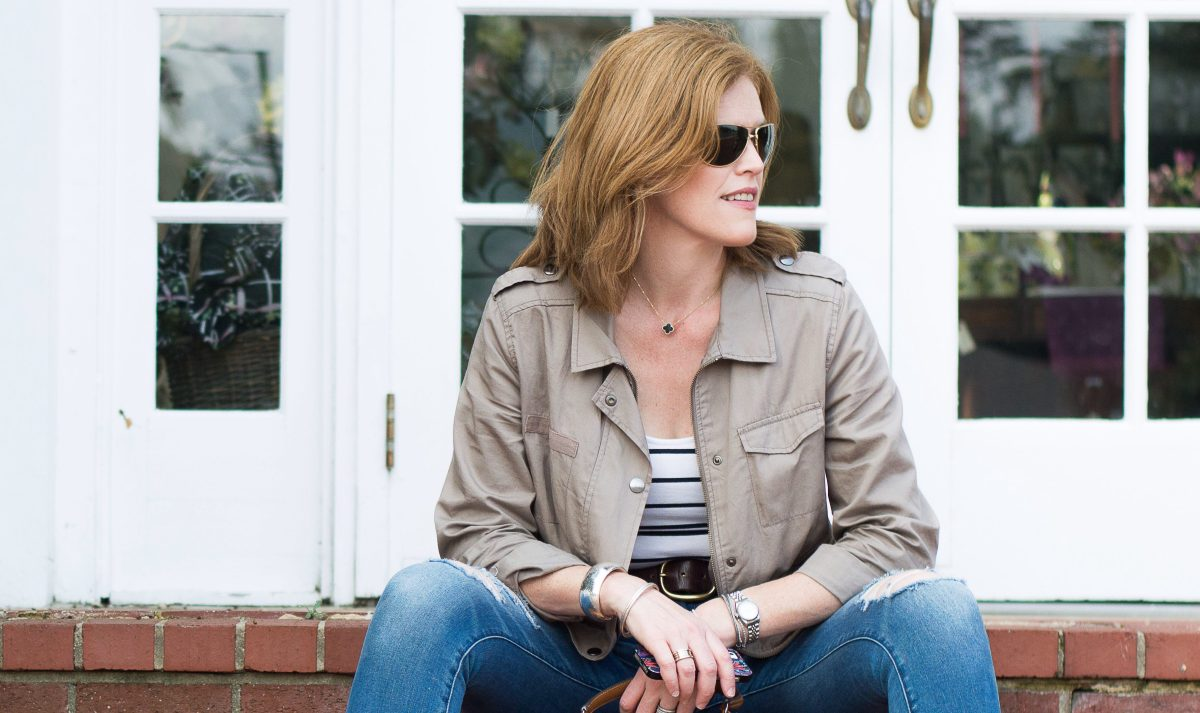 How to get that Effortless French Chic Fall Weekend Outfit