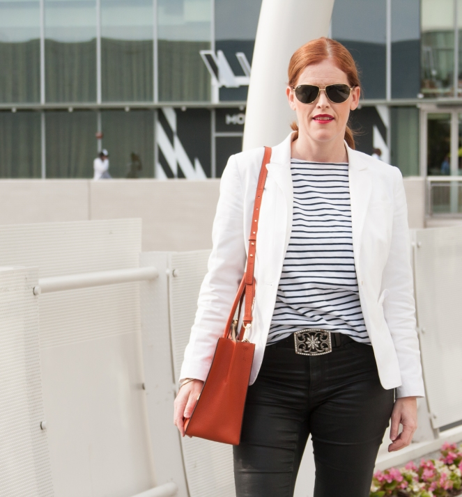 Parisian Chic Minimalist Outfit